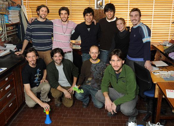 Ignacio Sánchez y Diego Ferreriro con su grupo de investigación