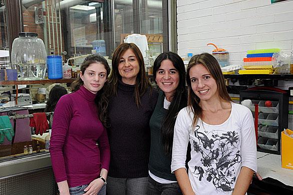 Cecilia Varone y su grupo. Foto Juan Pablo Vittori