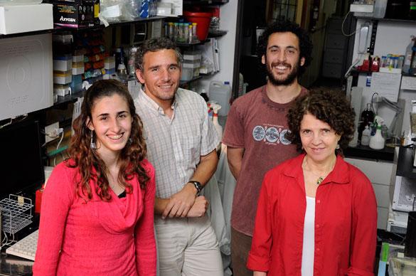 Susana Rossi y su grupo. Foto: Diana Martinez Llaser
