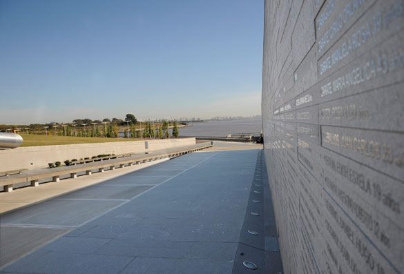 Parque de la Memoria. Foto: Juan Pablo Vittori