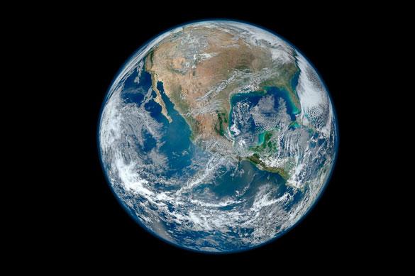 """""""Creo que es un locura pensar que con la tecnología vamos a poder reemplazarlo todo...¿Alguien me puede decir cómo vamos a reemplazar el agua?"""". Afirma Eugenia Kalnay en la charla y posterior entrevista realizada en la FCEyN. Foto: NASA"""