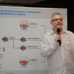 El investigador Gabriel Rabinovich y su equipo, junto al Ministro Lino Barañao, presentaron los resultados del trabajo recientemente publicado en la revista cientìfica Cell.