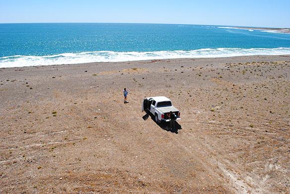Trabajo de campo en Camarones, Chubut. Fotos: gentileza Marcomini-López.