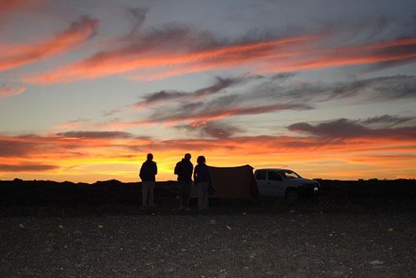 Atardecer en Puerto Lobos, Chubut. Fotos: gentileza Marcomini-López