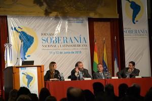 Compartieron la mesa con Barañao, el director nacional del Antártico, Mariano Mémolli (a su derecha), y el subgerente general de INVAP Hugo Albani (a su izquierda).