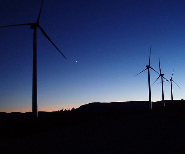 La experiencia mundial muestra que la explotación efectiva de la energía eólica necesita un detallado conocimiento de la circulación atmosférica.