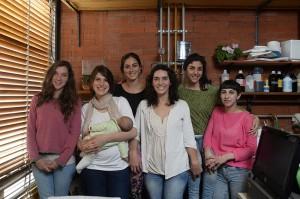 (De izq. a der.) Florencia Otegui, Leila Heinzle, Florencia Barbarich, María Eugenia Suárez, Yésica Topakbassian, Anahí Herrera Cano.
