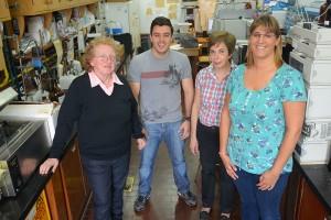 De izquierda a derecha: Silvia Resnik, Víctor García Londoño,  Marcela Reynoso y Paula Salas.