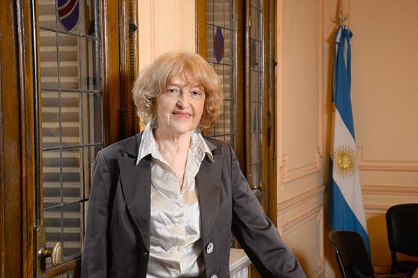 Adriana Puiggros. Foto Diana Martinez Llaser