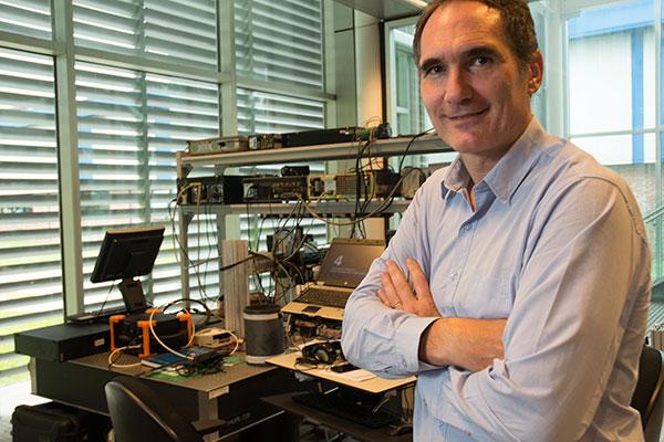 Nicolás Bonadeo, físico de Exactas UBA. Actualmente se desempeña como Jefe del Departamento de Física Aplicada de Tenaris.