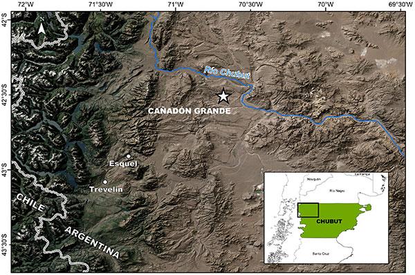 Ubicación de la zona de Cañadón Grande, en el noroeste de la Provincia de Chubut, donde se encontraron evidencias de actividad neotectónica (deformación reciente en plazo geológico). Mapa:  Andrés Echaurren