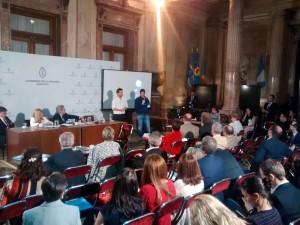 Los presentación de los investigadores de Exactas UBA se extendió por unos 30 minutos.