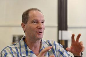 """""""Si pretendés que la ciencia y el conocimiento sean parte de los engranajes de un proyecto industrial en la Argentina, debes tener calidad"""", afirma Rubinstein."""