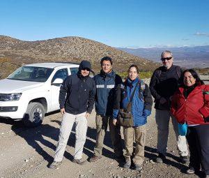 Matías Tapia, Luis López, Gabriela Peñalva, Roberto Scasso y Liliana Castro, en la cuenca Neuquina.