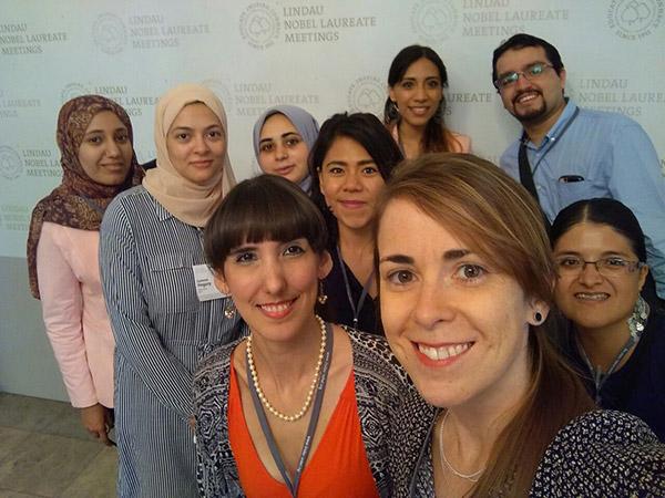 En la reunión de Lindau participan jóvenes científicos de alrededor de 80 países.