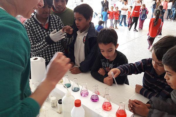 La Kermés científica en la escuela.