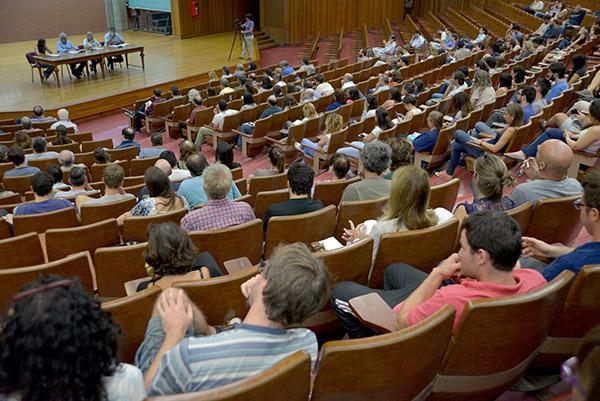 Participaron de la reunión numerosos investigadores del CONICET.