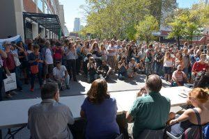 La manifestación se realizó frente al CONICET, en el Polo Científico Tecnológico de Palermo.