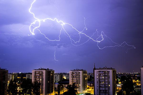 De acuerdo con los investigadores las tormentas que se producen en algunas zonas de Córdoba y Mendoza son únicas por la frecuencia de rayos, la tasa de precipitación, la producción de granizo, la extensión que cubren y la altura que alcanzan. Foto: Romain Talon.