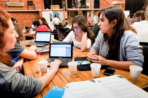 Las mujeres representan tan sólo un 18% del estudiantado de informática en nuestro país. Foto: Gentileza Chicas en Tecnología.