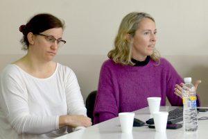 Cecilia Di Prinzio y Emma O'Brien durante una charla en Exactas UBA.