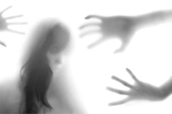 La hipótesis explicaría por qué en los sueños predominan las emociones negativas, como la inseguridad y el miedo.