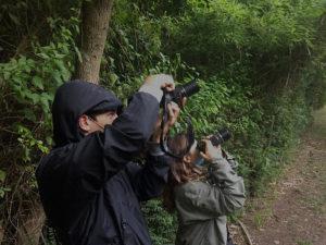 Investigadores y estudiantes de Exactas UBA, durante un relevamiento de aves en la Isla Martín Garcia.